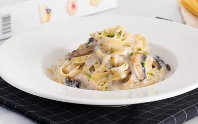 Fettuccine Garlic Alfredo