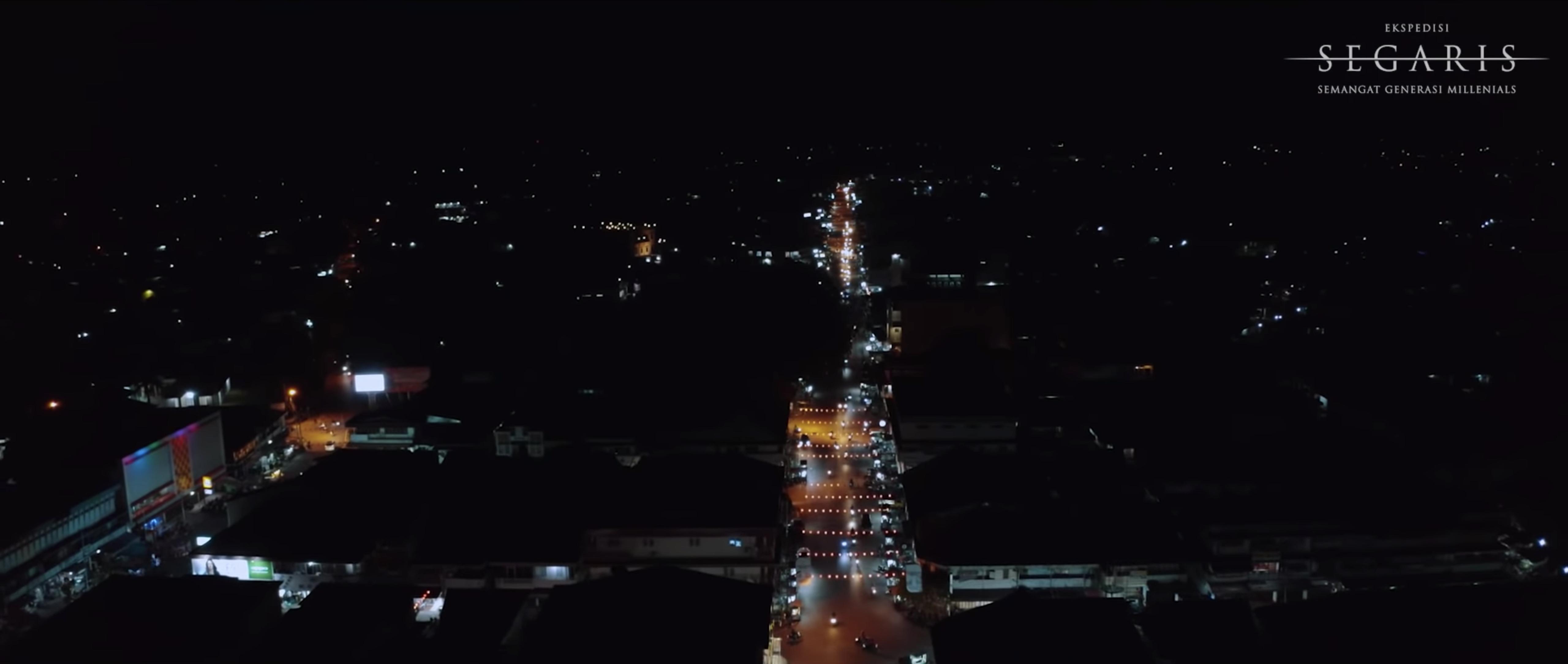 Asyiknya Menikmati Perbedaan Indonesia di Chinatown and Little India