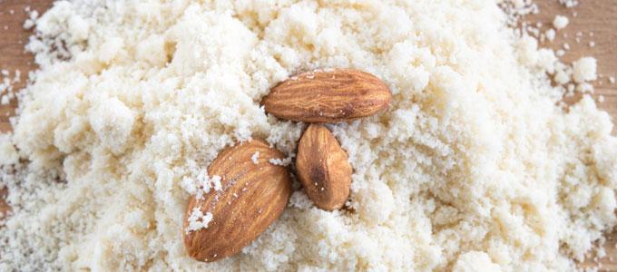 Tepung Almond